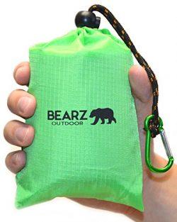 BEARZ Outdoor Beach Blanket / Compact Pocket Blanket 55″x60″, Waterproof Ground Cover, Sand Proo ...