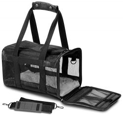 Sherpa Original Deluxe Pet Carrier, Small, Black